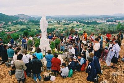 Catholics worships virgin mary galleries 939